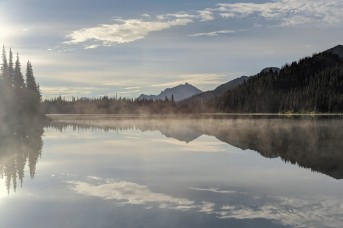 Sunrise at Tenquille Lake